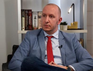 Михаил Кръстев: Харчовете на сляпо биха предизвикали сериозна криза