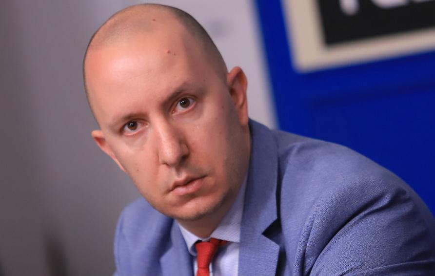 Михаил Кръстев: Икономическата криза тепърва ще се разгръща